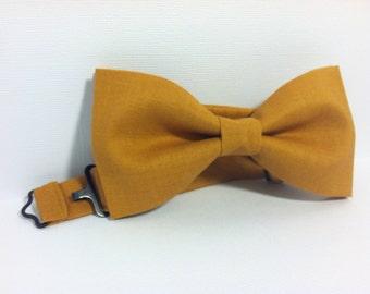 Mens, boys honey mustard, dark golden yellow pre-tied bow tie with adjustable strap // Wedding bow tie