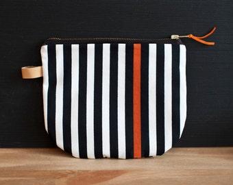 HEIMARBEIT Design pouch with stripe pattern