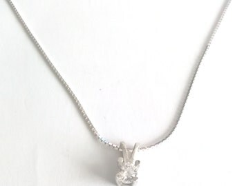 Sterling silver chain with crystal Cubic Zironia stone pendant