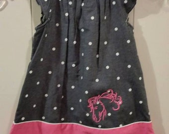 GG1345 Swirly Horse