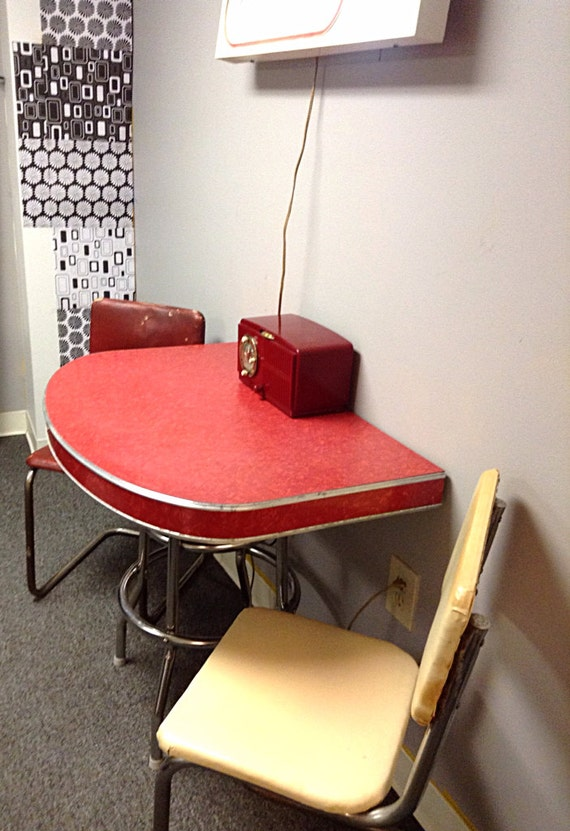 1940 39 S 1950 39 S Red Formica Refurbished Half Table Or