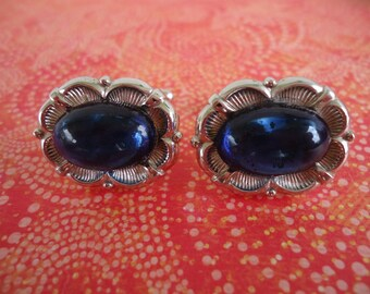 Blue Cabachon and Silvertone Fancy Cufflink