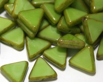 12 Czech Glass Polished Triangle Beads in Opaque Green Picasso - 12 mm