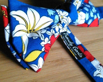 Blue Flower Bowtie for Men