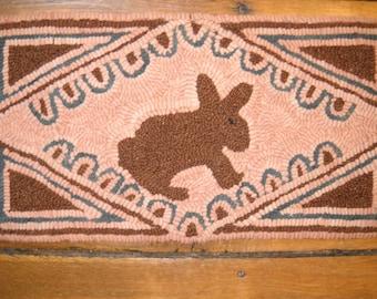 Handmade Hand Hooked Wool Rug Primitive Style Rabbit Hooked Rug
