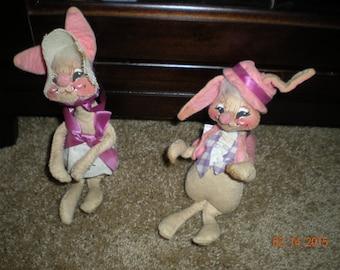 Wonderful Pair of 1965 Annalee Mobilitee Easter Bunny Rabbit Dolls/easter decor