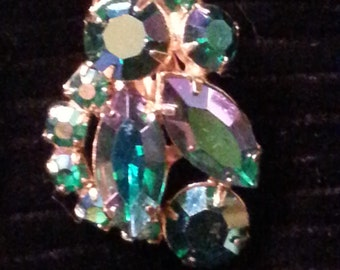 WEISS Gorgeous Aurora Borealis Green tint Earring! 50's era and very flashy, love them! Great for any Costume Collector!