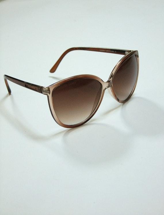 Cat Eye Sunglasses Retro Style Amber Brown Eyewear 70s