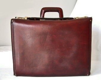 Vintage French genuine leather LARGE 1970 doctor's bag briefcase. Burgundy leather