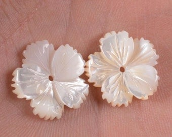 g0930 2pcs of 16mm Mother of pearl MOP shell carved flower beads