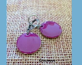 Earing enamel purple