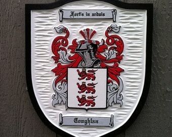 Family Crest /  Coat of Arms / Family Shield