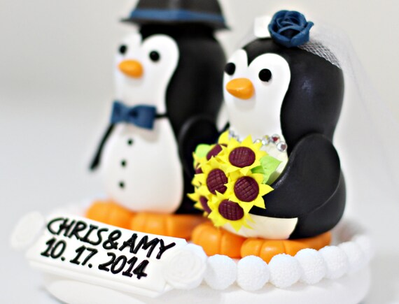 penguin wedding cake topper uk a penguin wedding cake topper navy blue bow 18189