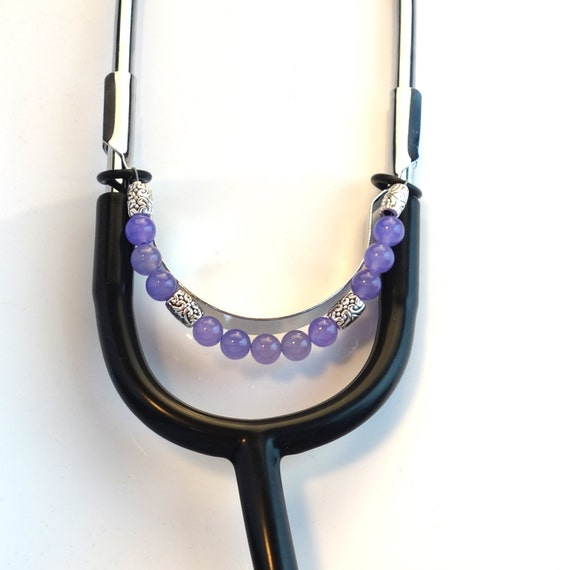 how to put on stethoscope charms