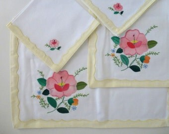 Vintage Placemat and Napkin Set of Two with Hand-Appliqued Flowers and Border