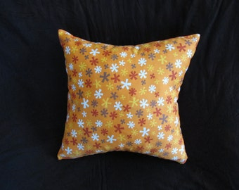 Multi colour, star patterned pillow case