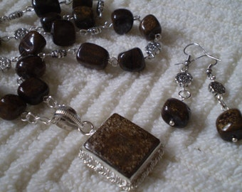 "Bronzite (Natural) Antique Silver Necklace & Earrings Set - 17 3/4"" Necklace - 2"" Earrings"