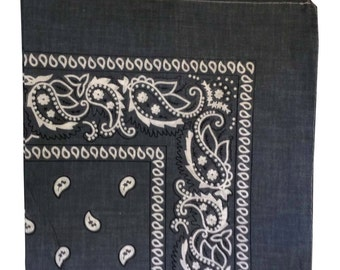 "22"" x 22"" Bandana -  Grey Paisley 100% Cotton"