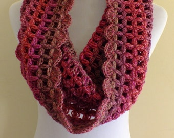 crochet cowl-neckwarmer-infinity scarf-crochet unique stitch.