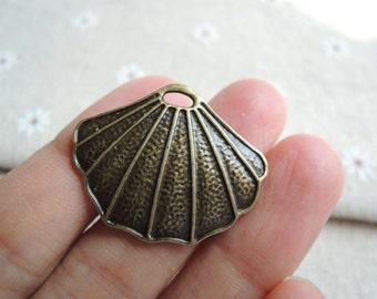 12Pcs  31X25mm antique bronze shell charming (A372)