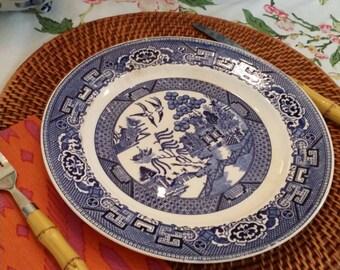 Set of 2 blue willow Homer Laughlin plates