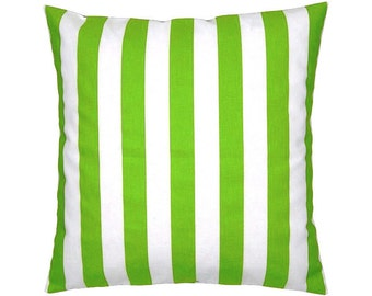 Cushion cover strip canopy green-and white 50 x 50 cm