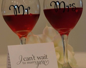 FREE SHIPPING-- Set of Mr and Mrs Wine Glasses