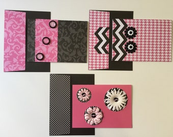 Pink, black and white note cards