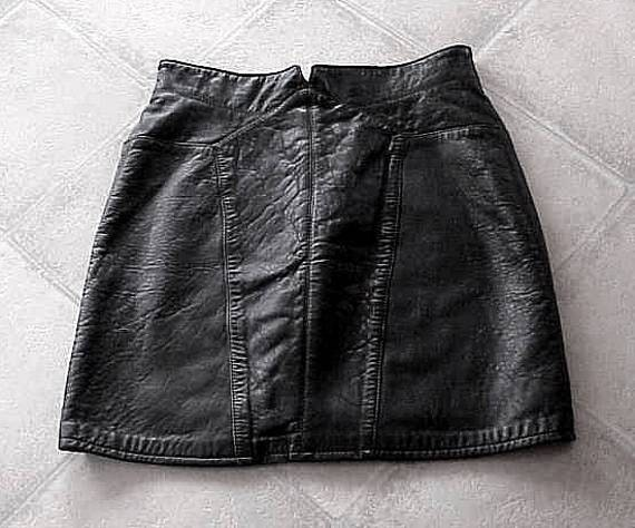 black lambskin leather mini skirt by