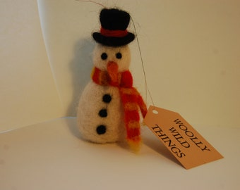 Snowman ornament - needle felted snowman - Christmas decoration - wool snowman decoration