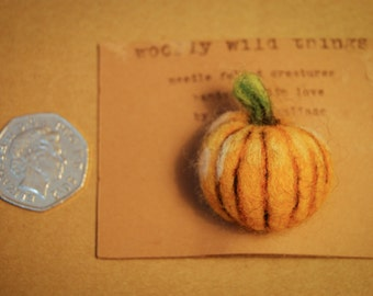Needle Felted Pumpkin Badge