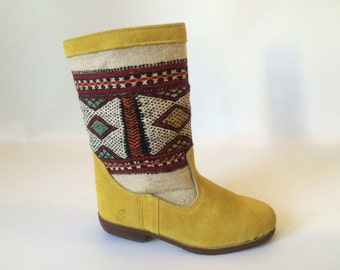 Handcrafted suede kilim boots