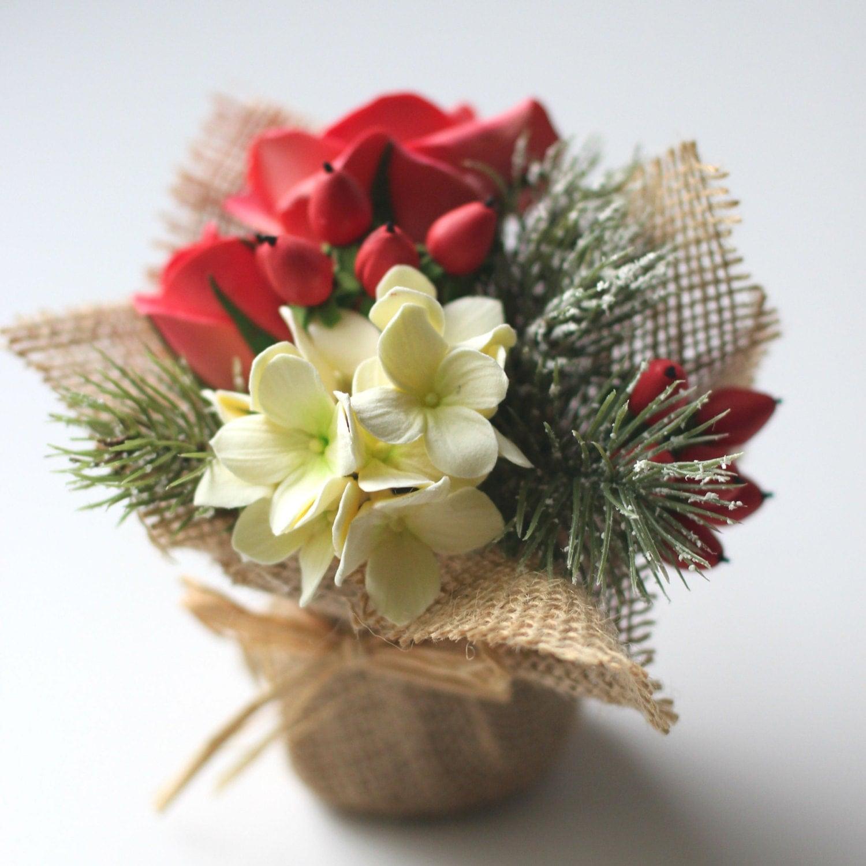 Mini Christmas Flower Arrangement Mini Gift by AinursFlorals