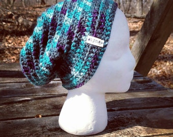 Slouchy beanie in Midnight Blues