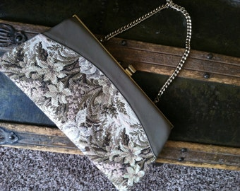 Vintage, neutral tapestry purse.