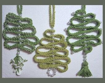 Christmas Swirl Tree Ornament Crochet Pattern