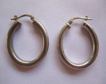 VTG Silver Oval Hoop Earrings