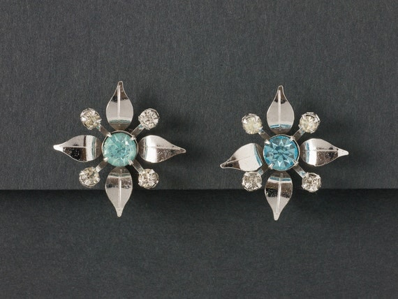 Vintage 30s earrings bugbee and niles company cerulean gem for Bugbee and niles jewelry