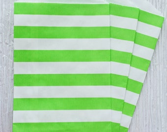 """Trendy green horizontal stripes party favor paper bags 5 x 7.5"""" - Set of 20"""