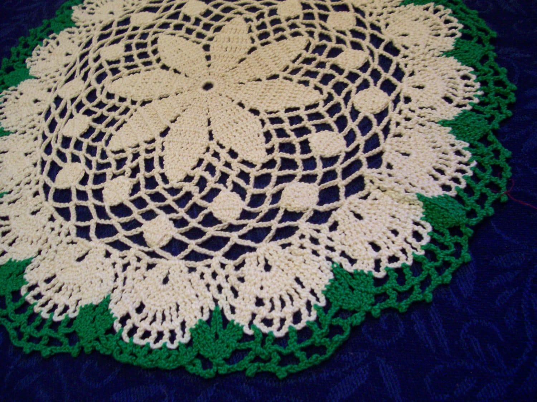1 Inch Crochet Flower Pattern : Crochet 13 Inch Round Doily Flower and Dot Pattern/ Cream/