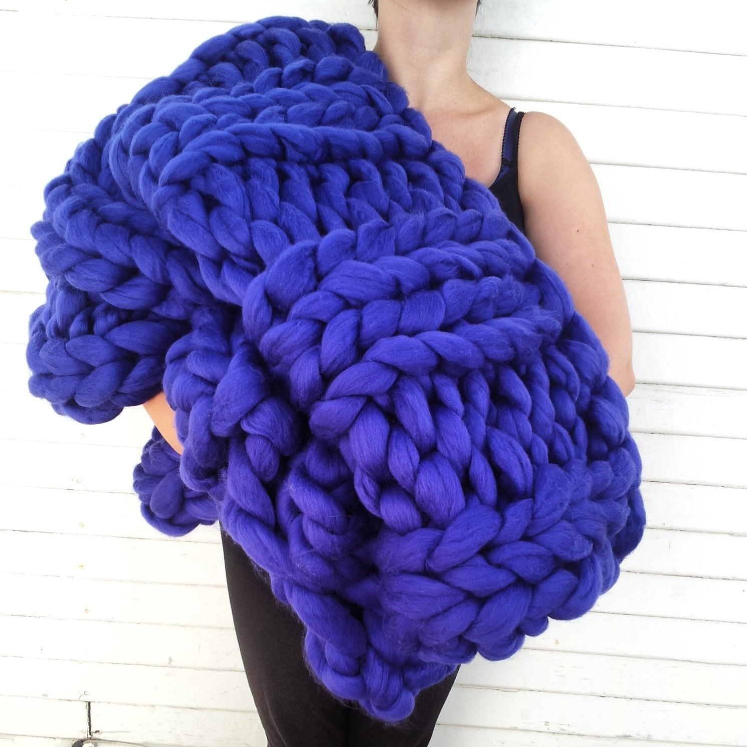 super chunky knit merino blanket 40 x 58 by lilyandpeabody. Black Bedroom Furniture Sets. Home Design Ideas