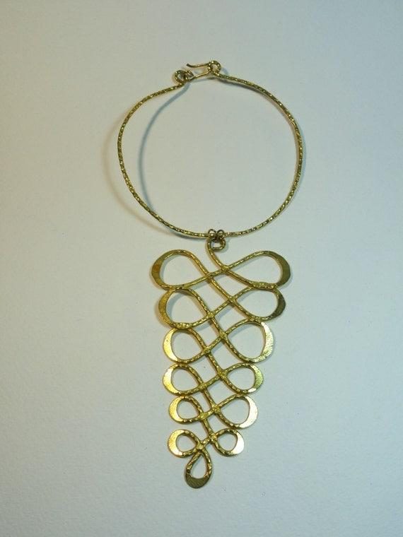 Vintage infinity loop gold plated choker