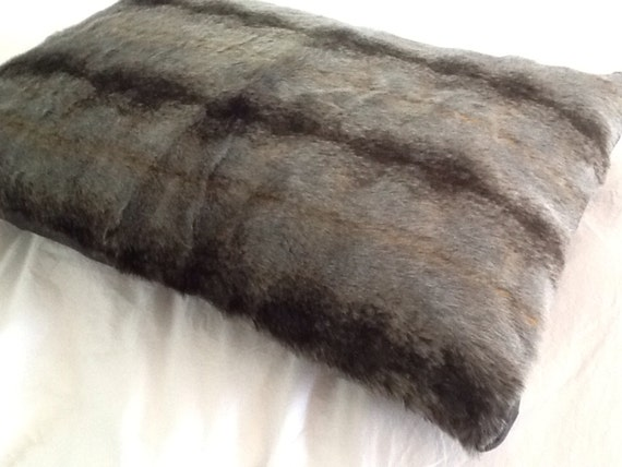 Ultimate Luxury Small Faux Fur Deep Filled Pillow Dog Bed