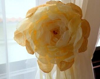 Curtain Tieback - Drape Holdback - Shabby Chic Window Treatment - Nursery Decor - Shower Gift - Shabby Chic Magnetic Tieback