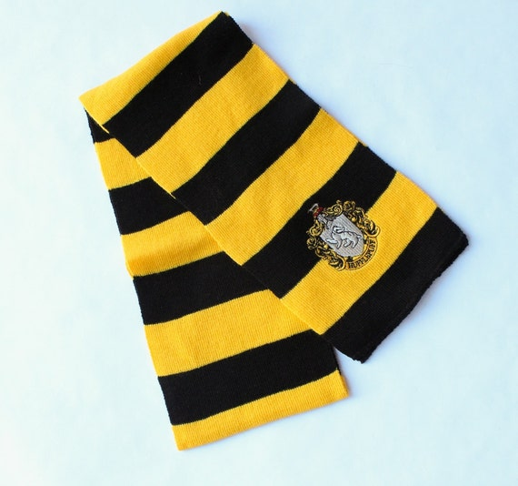 Harry Potter Scarf..... Hufflepuff Knitted Scarf by ...