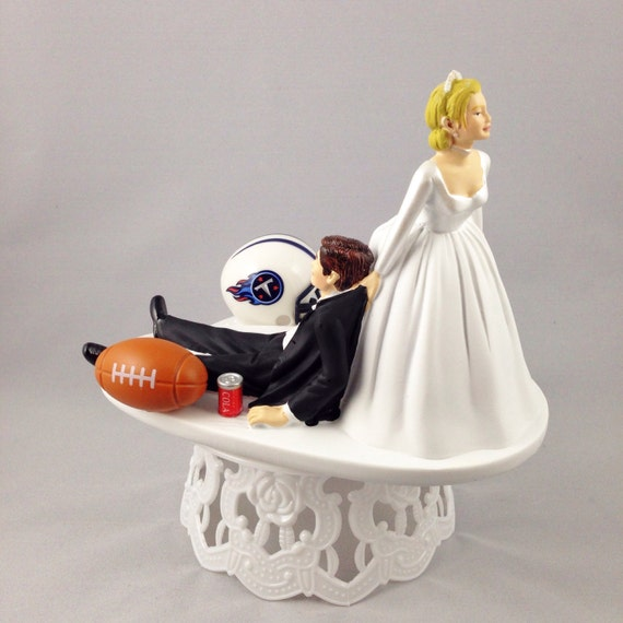 football themed wedding cakes wedding cake topper football themed by creationsbydhyani 14394