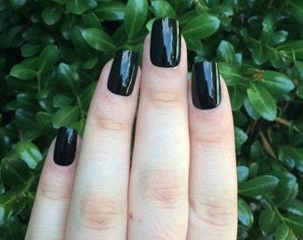 Black nails, fake nails, black acrylic nails, set of nails