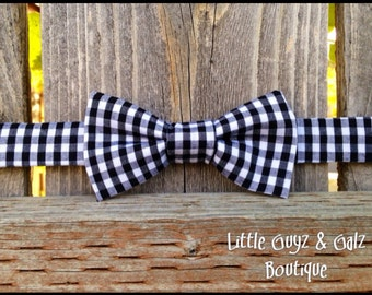 Little boy bow tie, black gingham, baby bow tie, toddler bow tie