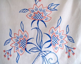 SWEDISH EMBROIDERY WALL Hanging / Vintage / Cotton / Home Decor / Embroidery / Floral / Shabby chic / Cottage style / Farmhouse