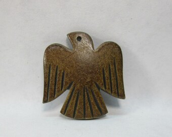 Brown Eagle Southwestern Pendant Burnt Horn 30mm